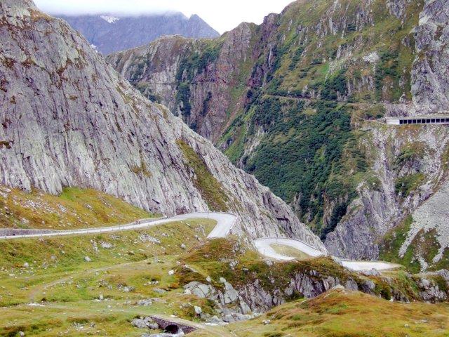Tremola road