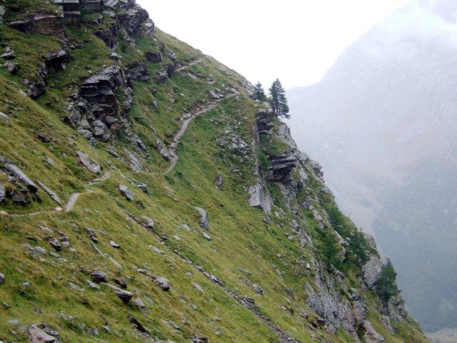 The Gemsweg footpath