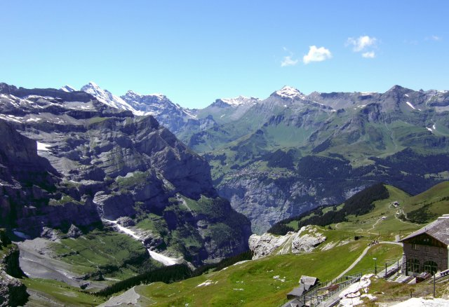 Schilthorn from the Eiger Trail